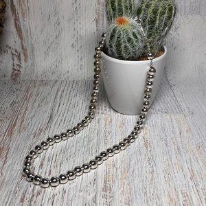 Vintage silver metal bead necklace